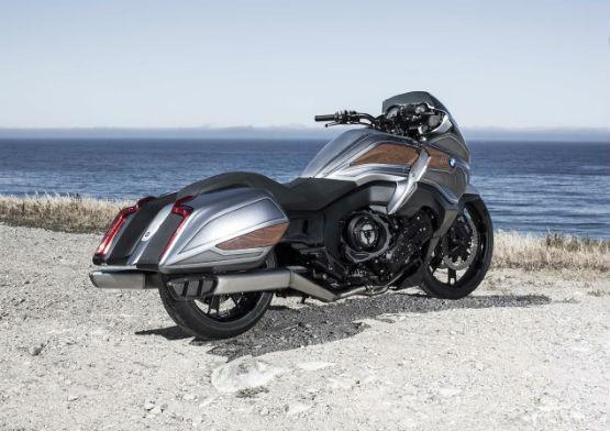 BMW-Motorrad-Concept-101-06WEB