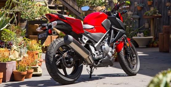 Honda CB300F 4 web