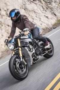 Orlando bloom BMW S1000R 2015 web 2