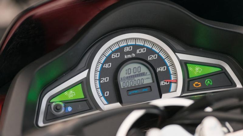 Honda PCX 125 3 web