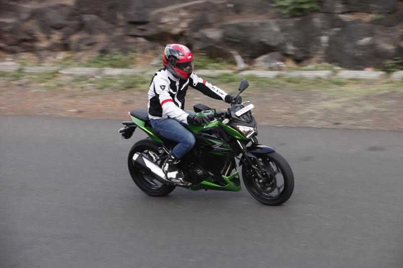 Kawasaki Z250 (11)
