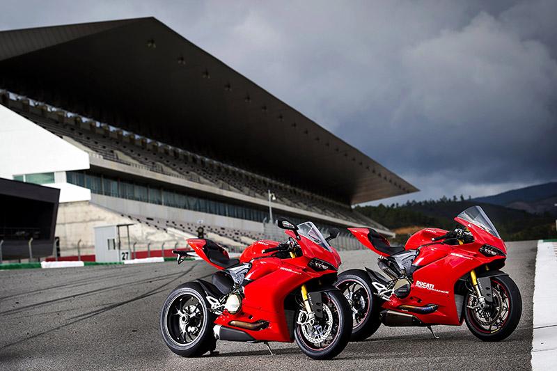 WEB_Ducati Panigale S