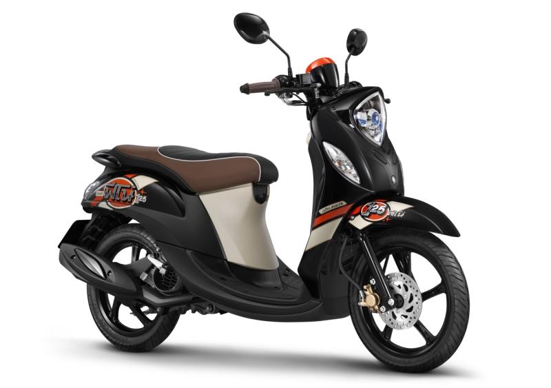Yamaha Fino 125 Black Alloy web