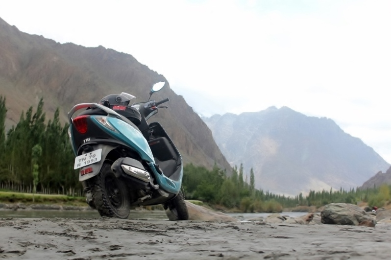 Anam Hashim and the TVS Scooty Zest 110 in Ladakh (3)