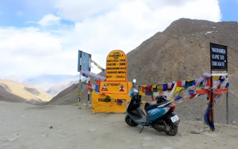 Anam on the TVS Scooty Zest 110 in Ladakh (10)