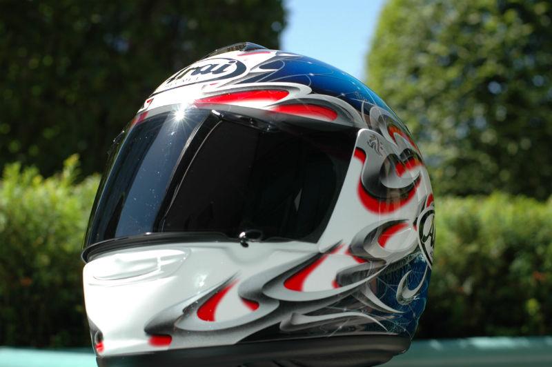 Arai_Vector_motorcycle_helmet web