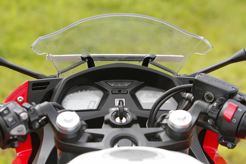 Honda CBR 650F (1) (800x533)