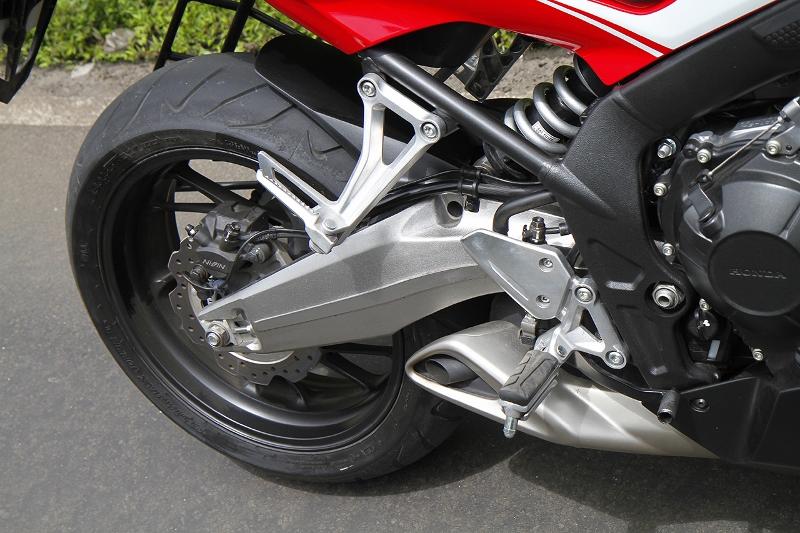 Honda CBR 650F (3) (800x533)