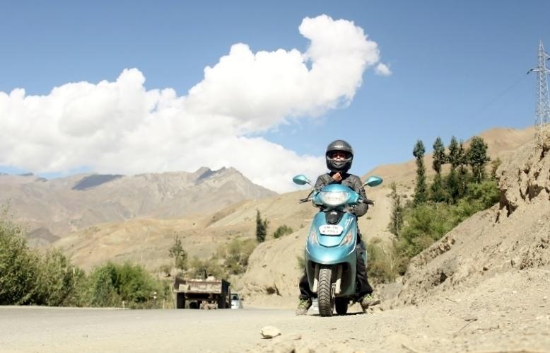 Anam Hashim and TVS Scooty Zest 110 in Ladakh (1)