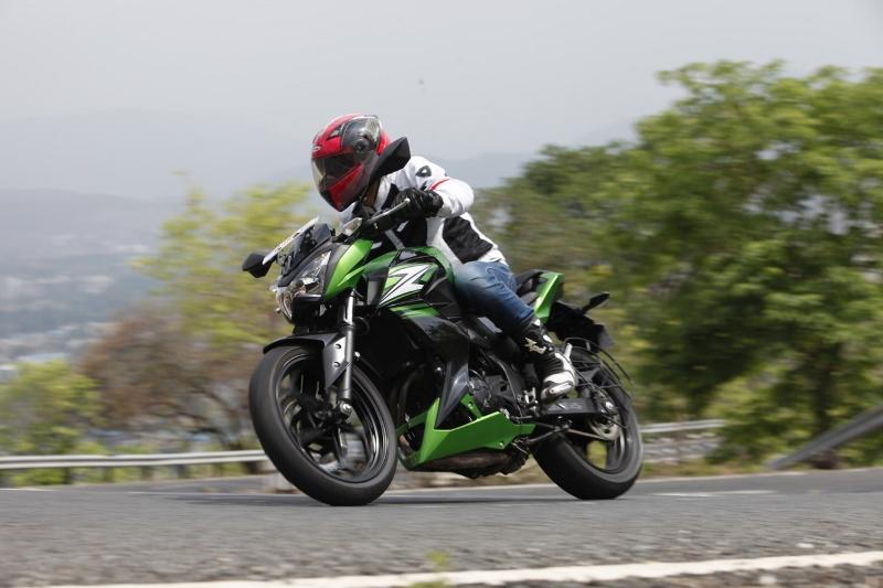 Kawasaki Z250 (6) (1280x853) (800x533)