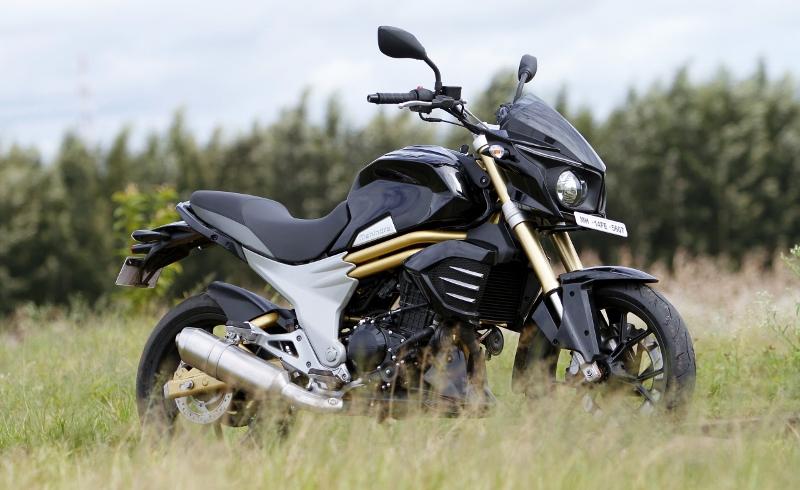 Mahindra Mojo First Ride (17)