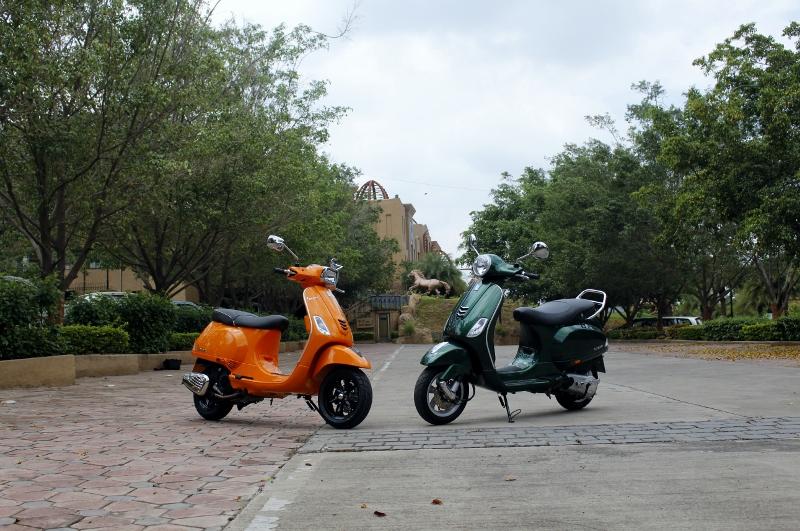 Vespa VXL and SXL First Ride (1)