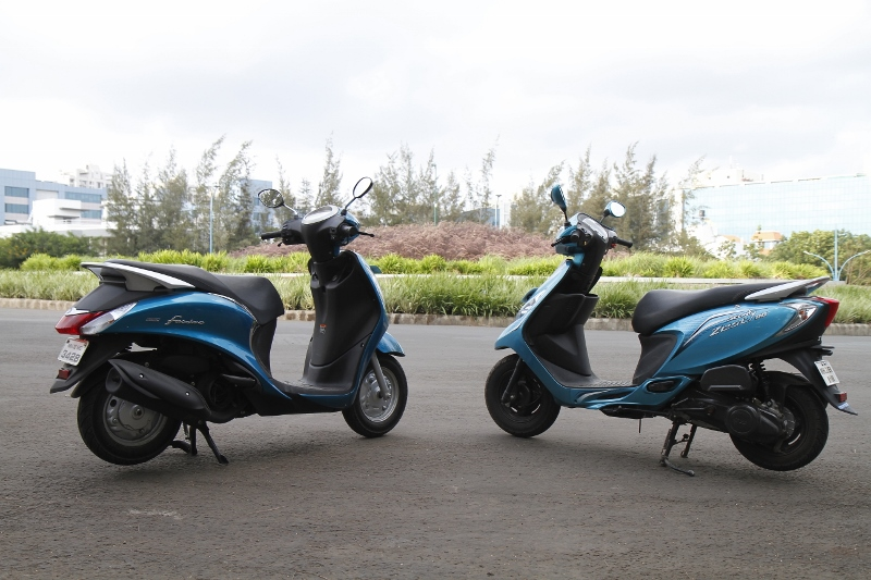 Younger Siblings Yamaha Fascino v TVS Scooty Zest 110 Shootout (6)
