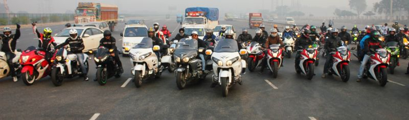 Flagging off the Winter's Weekend Ride with Honda's Big Bikes web