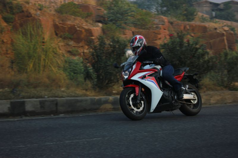 Honda CBR 650F in action web