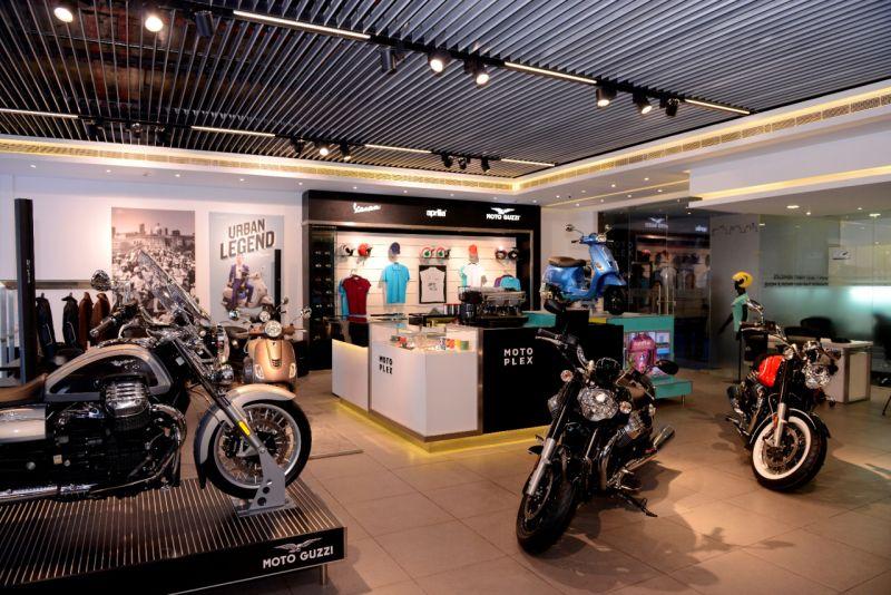 The Motoplex: Piaggio Concept Store