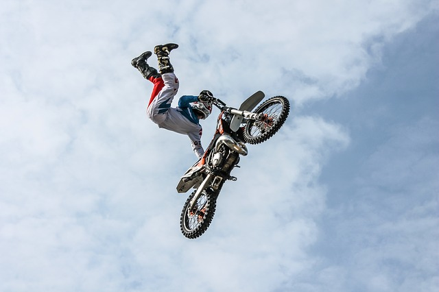 biker-384925_640