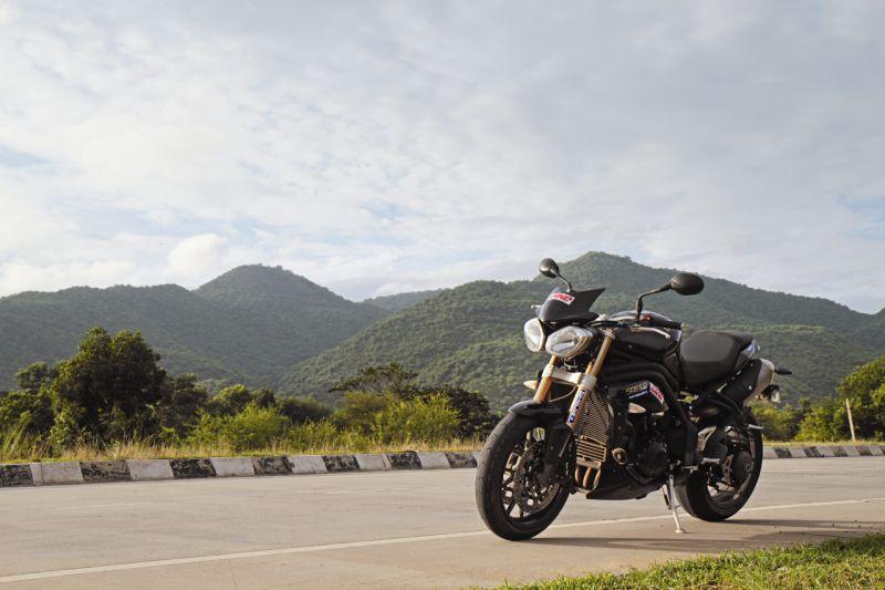 2015 Bike India TriplesOnTheQuad3 web 7