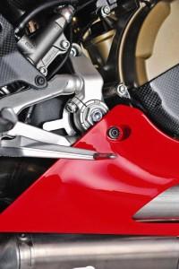 2015 Ducati 1199 Panigale R web 11