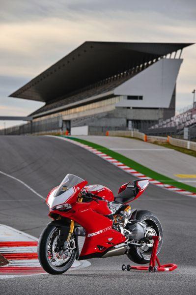 2015 Ducati 1199 Panigale R web 9