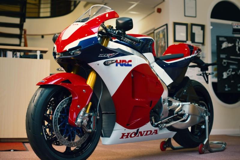 Honda RC213V-S Delivery 3 web