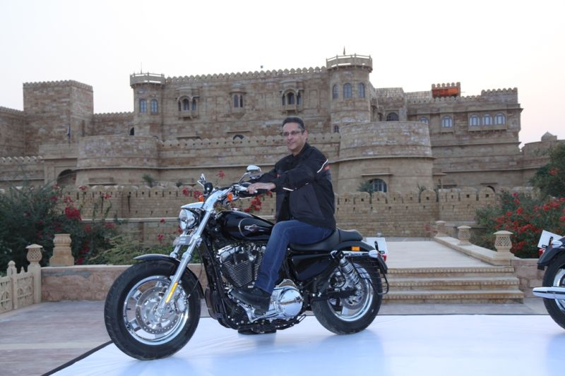 Harley-Davidson launch the 1200 Custom in India 2