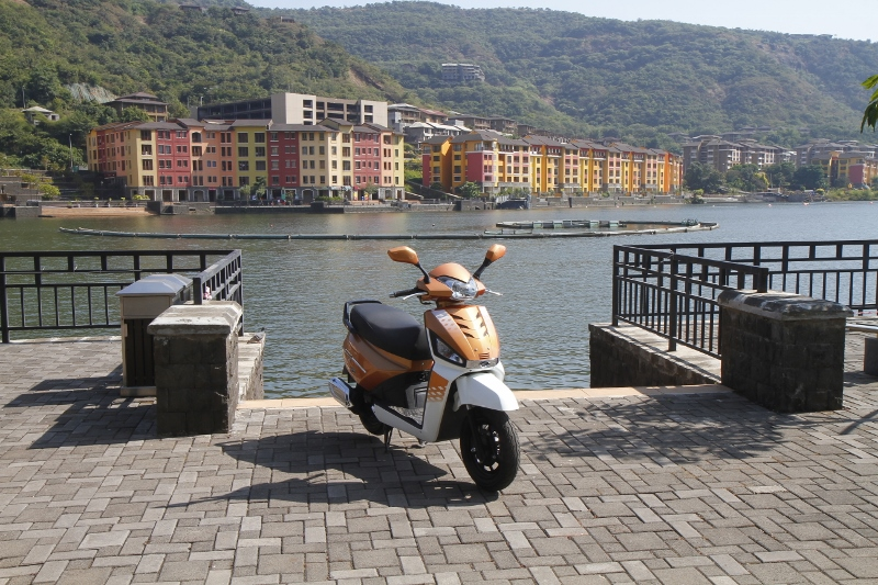 More Gusto for the Gusto Mahindra Gusto 125 First Ride Review (2)