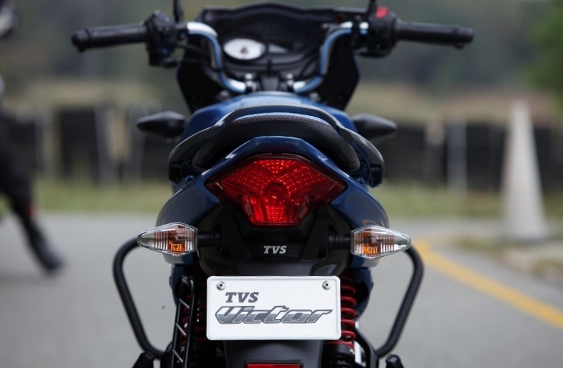 Resurrected! TVS Victor First Impressions Review (16)