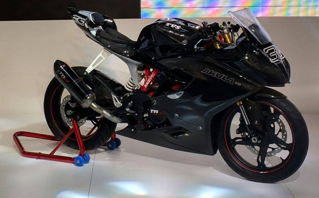 Top 10 from Expo 2016_TVS Akula 310 RaceSpec_Product Only