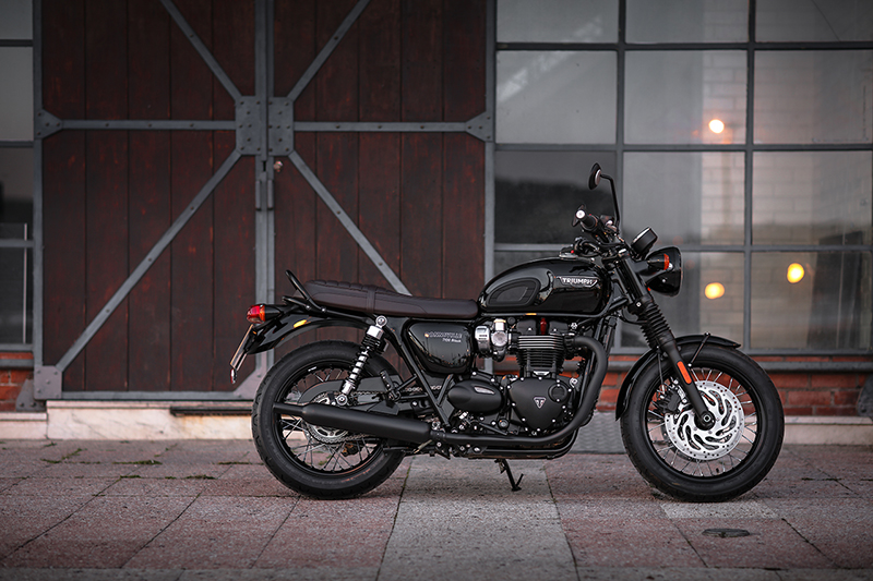 Triumph Bonneville T120 First Ride Opener