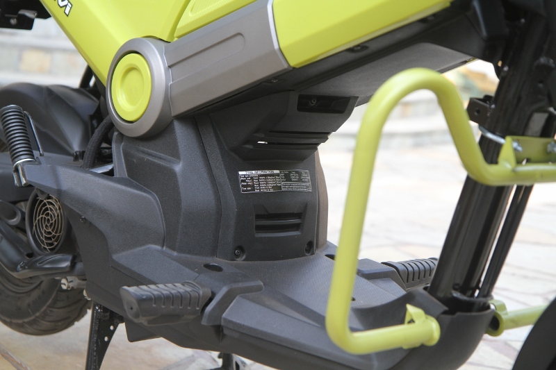 First Ride Review Honda Navi Crazy Little Thing Called Love (13)