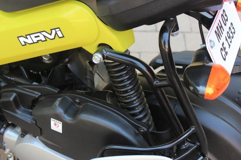 First Ride Review Honda Navi Crazy Little Thing Called Love (20)