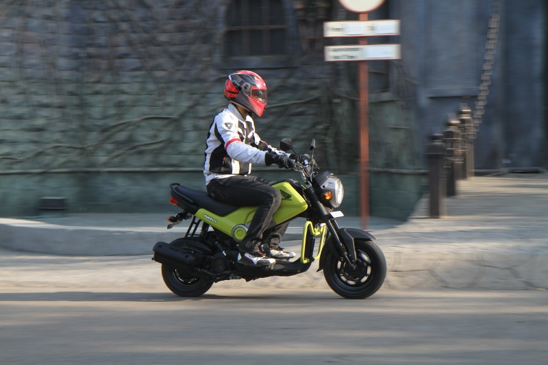 First Ride Review Honda Navi Crazy Little Thing Called Love (5)