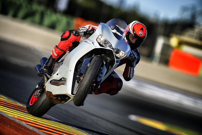 Ducati_Panigale_959_P3_S1