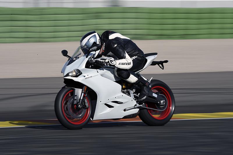 Ducati_Panigale_959_P3_S2