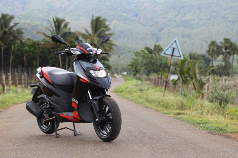 Offers worth Rs 10,000 on Vespa and Aprilia scooters