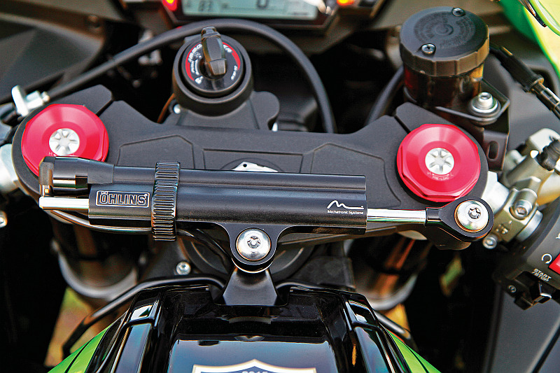 first-ride-kawasaki-ninja-zx-10r-race-bike-for-the-road-4