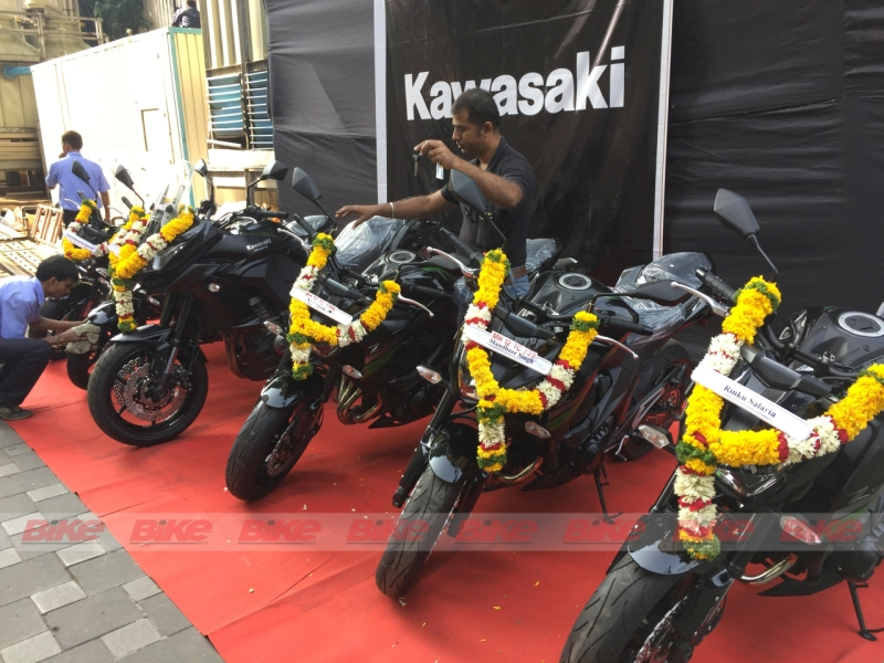 Kawasaki India delivers motorcycles to customers duped by