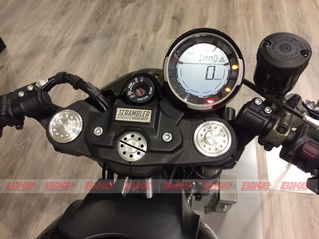 Ducati Scrambler Café Racer at EICMA - Info display