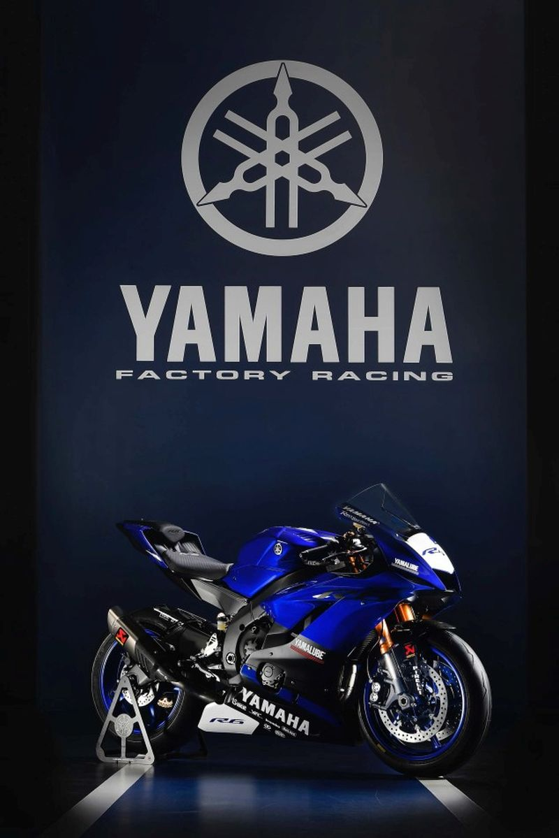 yamaha-yzf-r6-into-world-siupersport-1-web