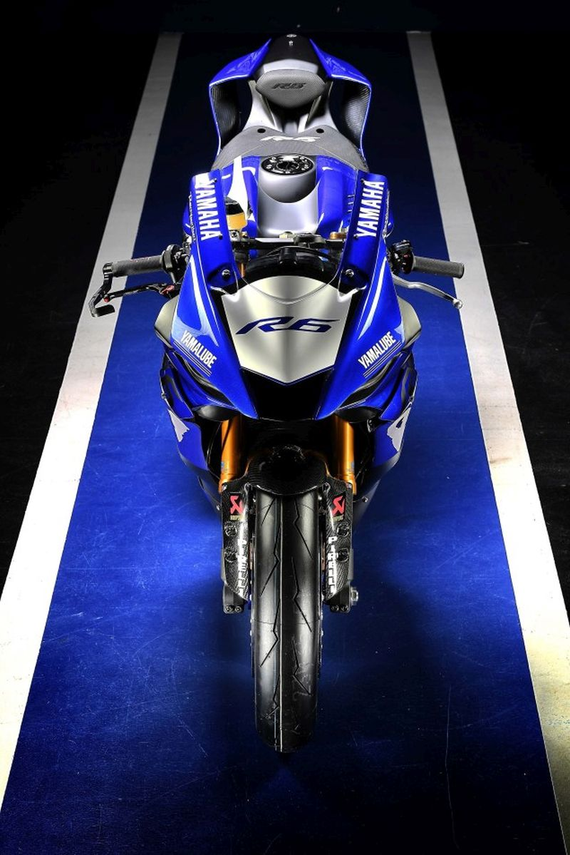 yamaha-yzf-r6-into-world-siupersport-3-web