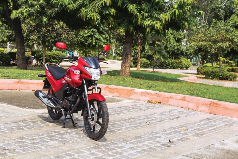 2016-hero-achiever-150-first-ride-review-web-3