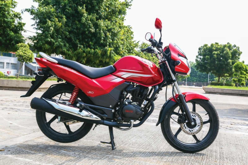 2016-hero-achiever-150-first-ride-review-web-6