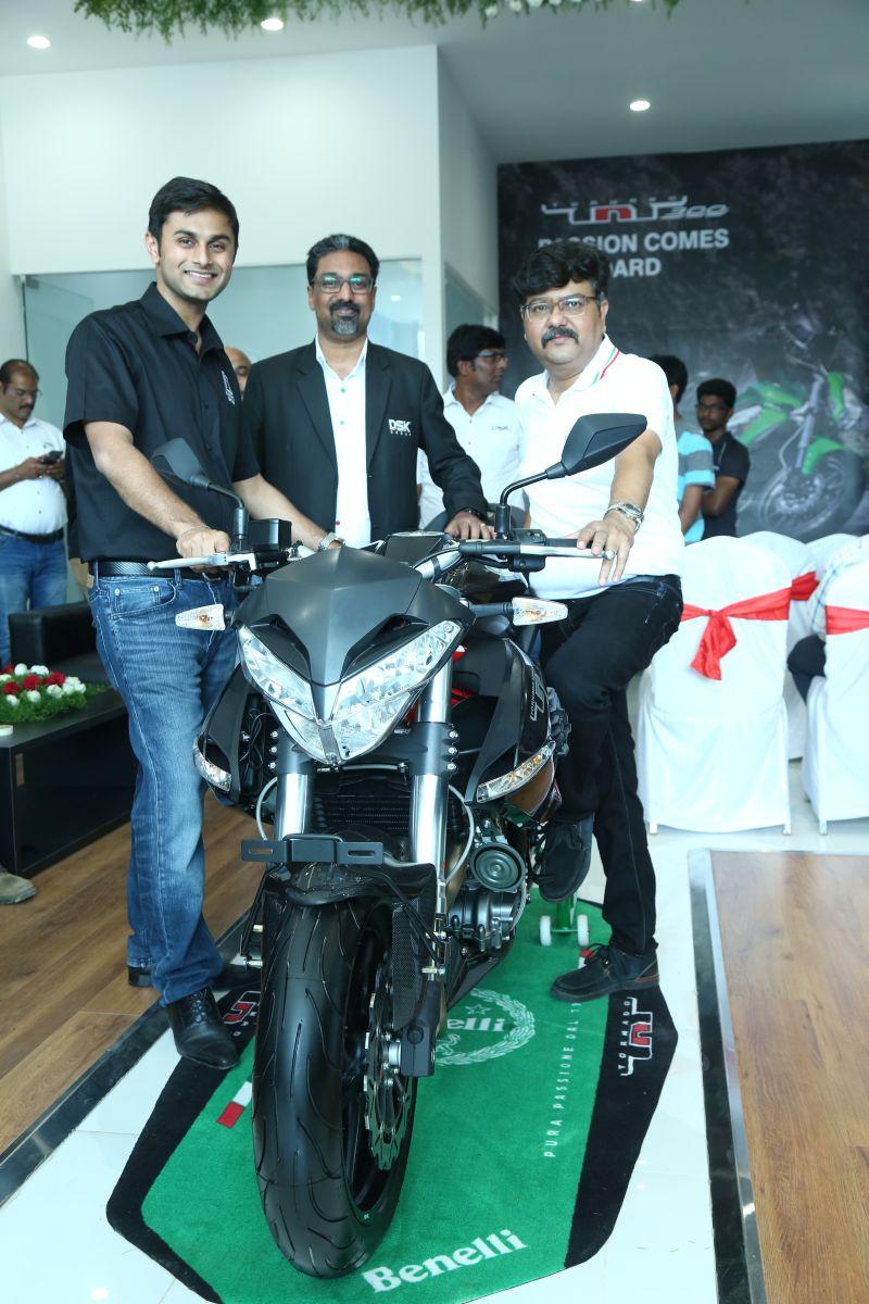 dsk-benelli-inaugurate-first-exclusive-showroom-in-vijayawada-web