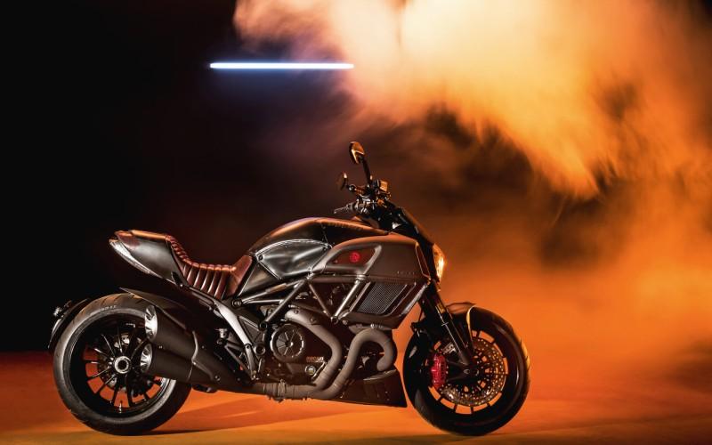 Ducati Diavel Diesel web 1