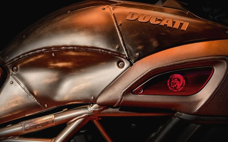 Ducati Diavel Diesel web 3