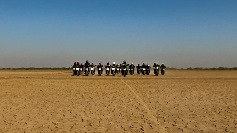 Mahindra Mojo Conquers the First 'Desert Trail' from Rajasthan to Gujarat Web 2