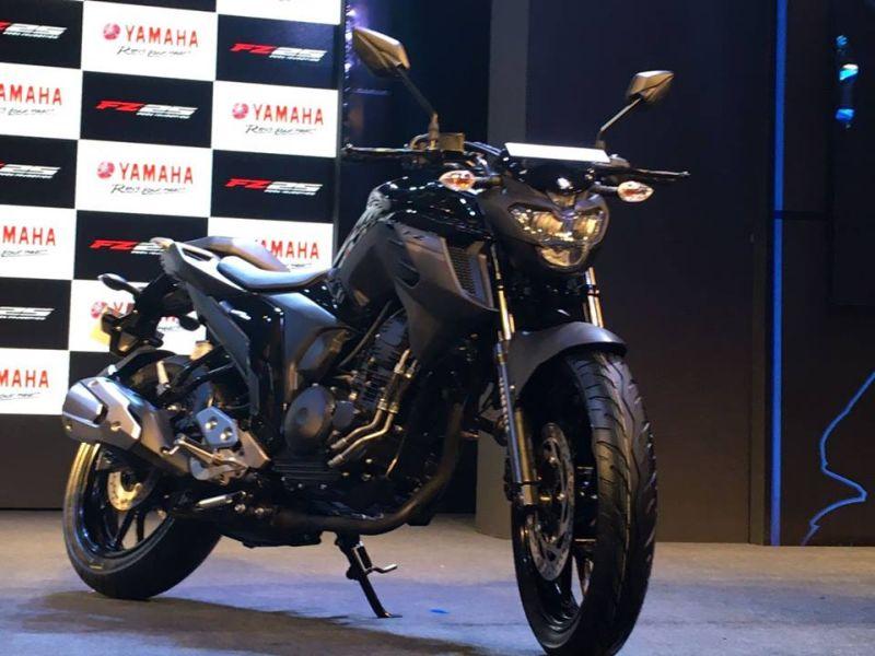 Yamaha FZ 25 Comparison Web 2