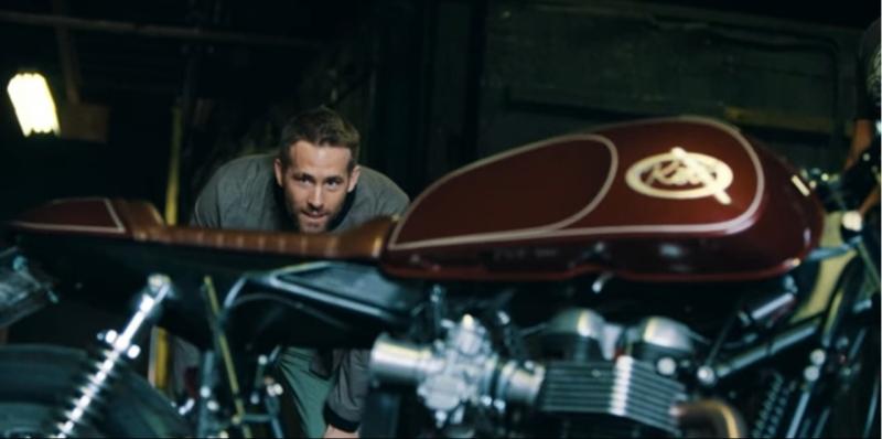 2017 Ryan Reynolds Deadpool motorcyle fan web 3