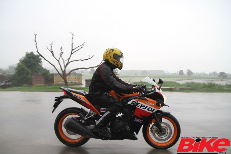 Take a look at the list of 250-cc motorcycles on sale in India.